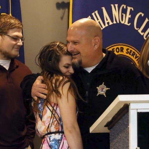 Officer receiving award